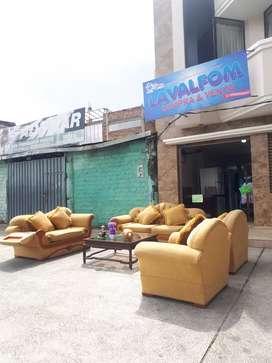 Muebles y mesa de centro en venta