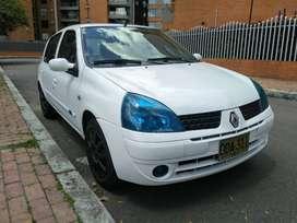 CLIO 2006 MUY BIEN CUIDADO NEGOCIABLE