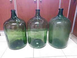 Botellon antiguo de vino grande
