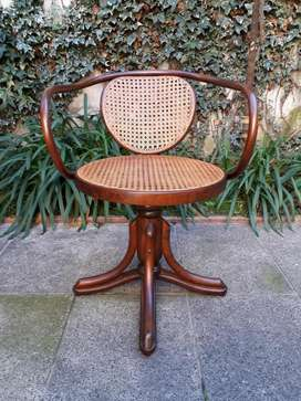 Sillon antiguo Thonet de escritorio