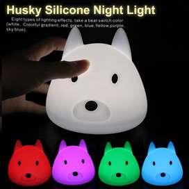 Lámpara De Silicona Perrito Que Cambia De Color Al Presionar