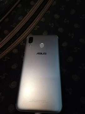 Vendo celular marca Asus doble simcard e IMEI originales