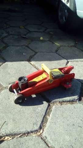 gato hidráulico - tipo  carrito - aguanta autos dos tonelada                               a dos tonela