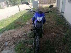 Vendo moto nazca tourig 250