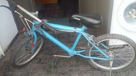 Vendo bicicleta montanbaik R.16 nene