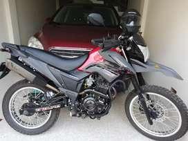Moto akt 200 cc modelo 2020 todo al día 1300 kilómetros