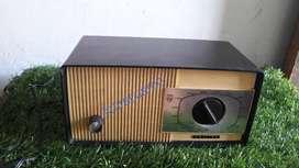 Antiguo radio de tubos RESTAURADO