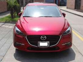 Vendo auto Mazda 3 2.0  color rojo, 9,200 kmts, automatico secuencial, gasolinero, estado: como nuevo