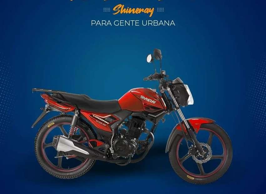Moto deportiva Shineray Urban- Monica CHIMASA
