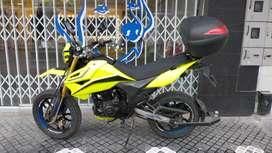 Vendo UM Dsr ll 230cc