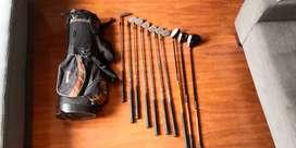 Juego de palos y talega de golf usada, para principiantes