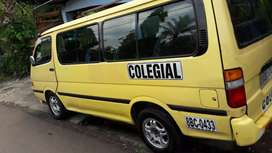 Se vende busito color amarillo