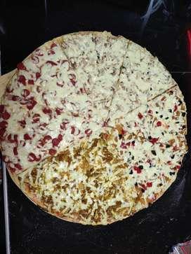 Se necesita pizzero con experiencia COLOMBIANO