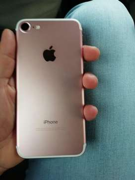 Se vende iphone 7 de 32 gb rosado
