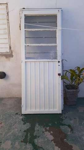 Vendo puerta y puerta mosquitero