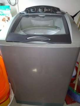 Vendo lavadora poco tiempo de uso