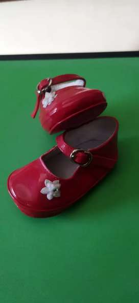 Zapatos charol rojos NRO. 17