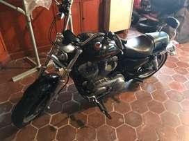 Harley davidson sporter 883 superlow 2011