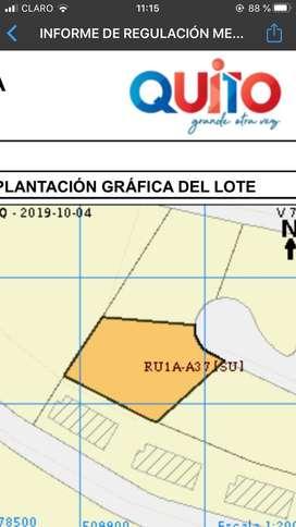 Amplio terreno dentro de urbanizacion privada Cumbaya,