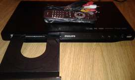 DVD *PHILIPS* con puerto USB impecable funcionamiento