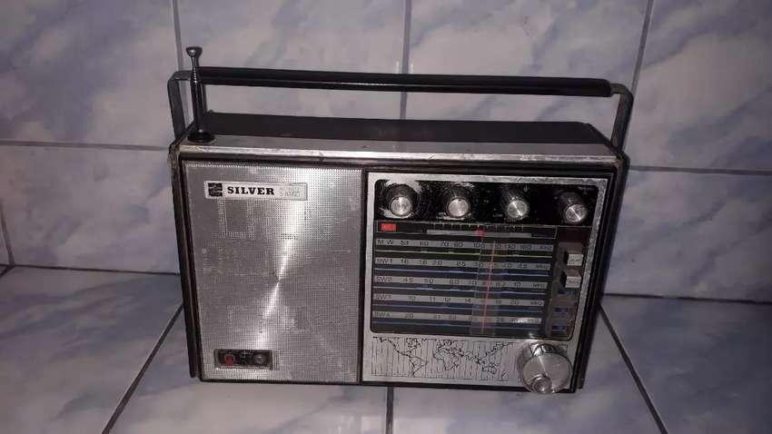 Vintage Radio Silver japonés dec 5 Bandas