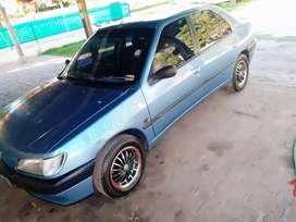 Vendo Peugeot 306 mod 97 nafta/GNC 1.8 8v