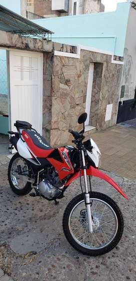 Vendo Honda Xr 150 L  modelo 2018