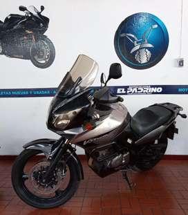 SUZUKI VSTROM 650. 2007