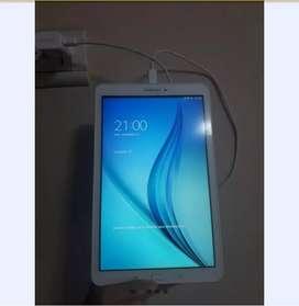 Tablet Samsung Galaxy Tab E blanco