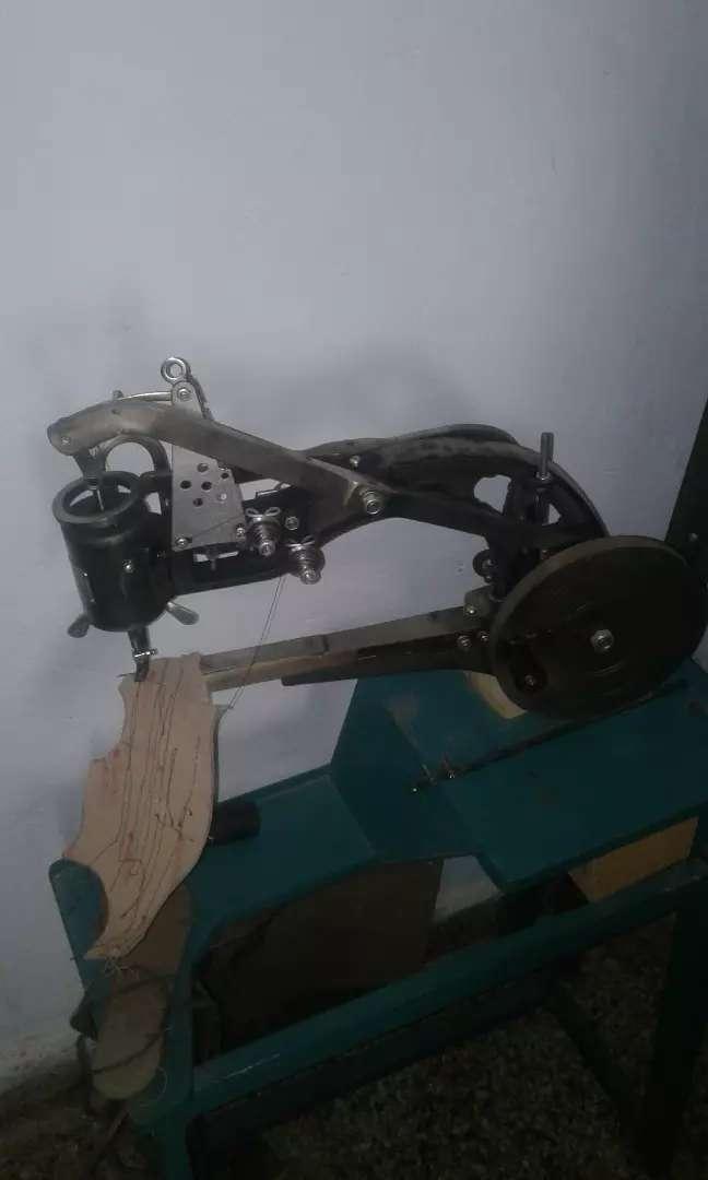 Máquina de coser zapatos zapatillas