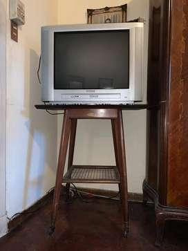 mesita para TV