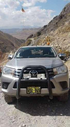 Vendo Camioneta Toyota Hilux 4 x 4