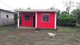 Vendo dos solares con una casa  listo para viví con 3 dormitorios 1 cocina   sala y 1 baño