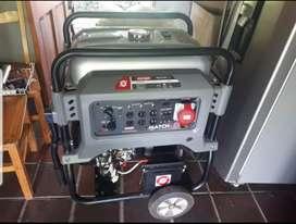 Planta Eléctrica 12 KVA (Gasolina Trifásica 120/140 voltios)