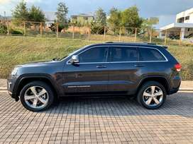 Jeep Grand Cherokee de Agencia IMPECABLE COMO NUEVA