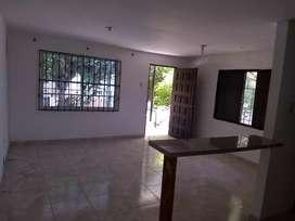 Arriendo apartamento segundo piso barrio El Carmen 880.000