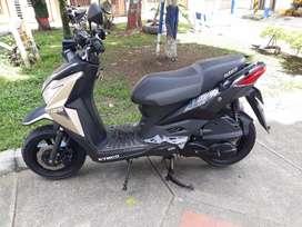 Se vende Moto Kymco urban S