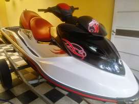 Moto seedoo 215 hp impecable