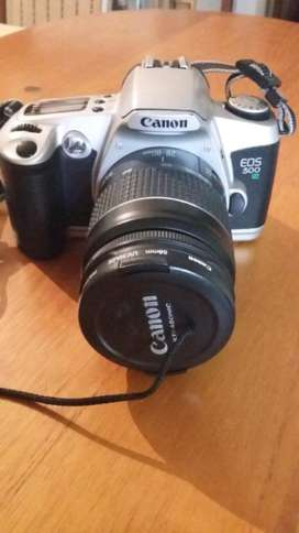 Camara Fotografica Canon Ultrasonic Mas Acceso