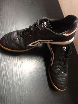 Botines Futsal Umbro Special Sala
