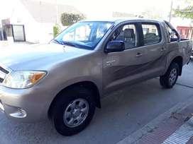 Toyota hilux 4x2 mod 06