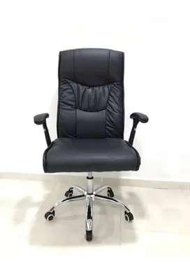 Silla escritorio neumática eco cuero negro nueva Reclinable ref 643