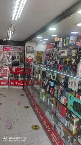 Vendo local de tecnología accesorios de celulares artículos de belleza venta de celulares