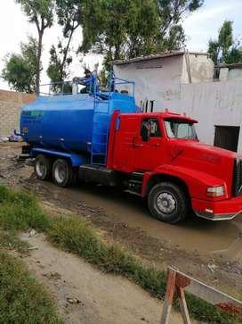 Vendo Camion Cisterna Volvo NL10