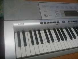 Teclado casio CTK4000