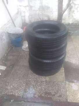 Vendo  neumáticos medida 185 6515