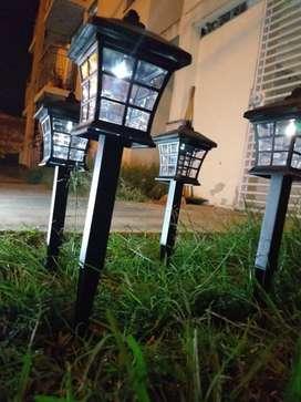 Lámpara Farol Solar Jardín Led Impermeable Exteriores