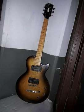 Guitarra faim les paul ańo 70