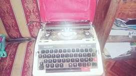 maquina de escribir sankey 2000 en buen estado  NEGOCIABLE