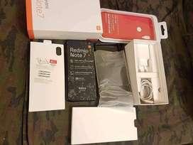 Xiaomi Redmi note 7 4/64 con caja y todos sus accesorios a S/.480 en los olivos megaplaza. PRECIO FIJO